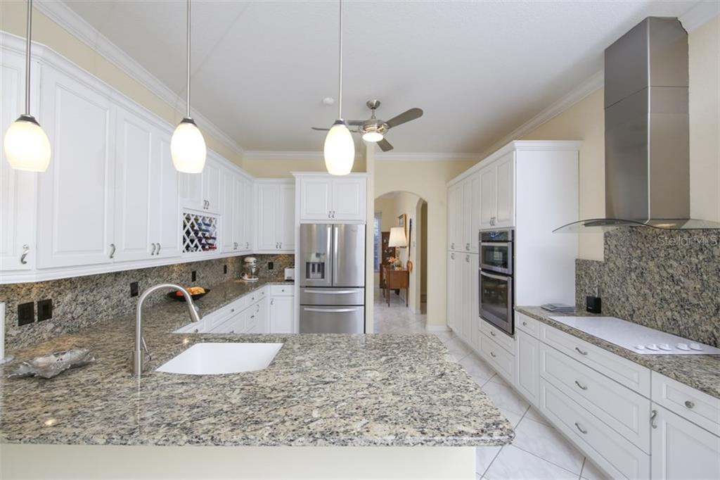 Kitchen - Single Family Home for sale at 15794 Viscount Cir, Port Charlotte, FL 33981 - MLS Number is D5916496