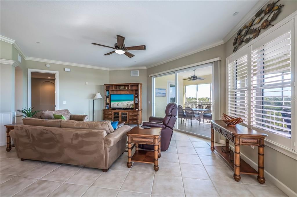 Open living space with views all around - Condo for sale at 8541 Amberjack Cir #402, Englewood, FL 34224 - MLS Number is D5923680