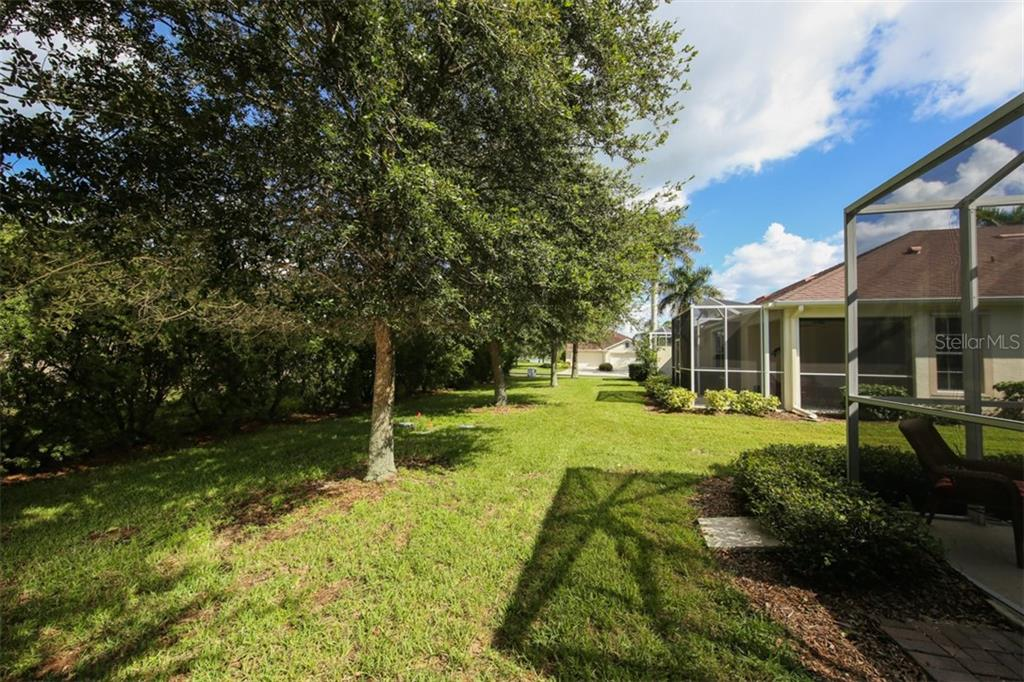Want some room to play outside or just want to catch some rays, you have plenty of room in your oversize yard to do as you please. - Villa for sale at 29704 Niagara Ct, Englewood, FL 34223 - MLS Number is D6102386