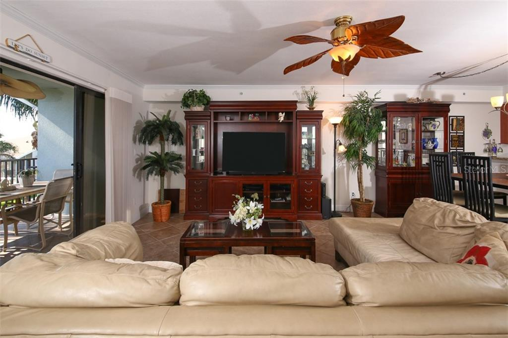 Living/Dining Area - Condo for sale at 50 Meredith Dr #8, Englewood, FL 34223 - MLS Number is D6103644