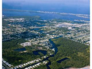 Drury Ln, Englewood, FL 34224