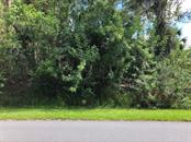 Lubec Ave, North Port, FL 34287