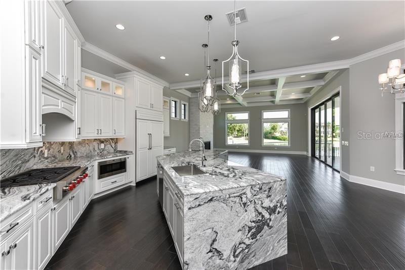Sub Zero Refrigeration, Wolf & Asko - Single Family Home for sale at 1400 Harbor Sound Dr, Longboat Key, FL 34228 - MLS Number is T2932520