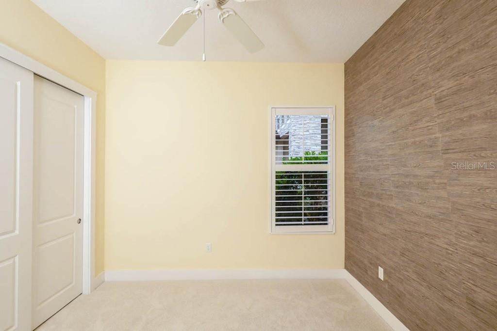 Single Family Home for sale at 4305 5th Ave Ne, Bradenton, FL 34208 - MLS Number is T3180612