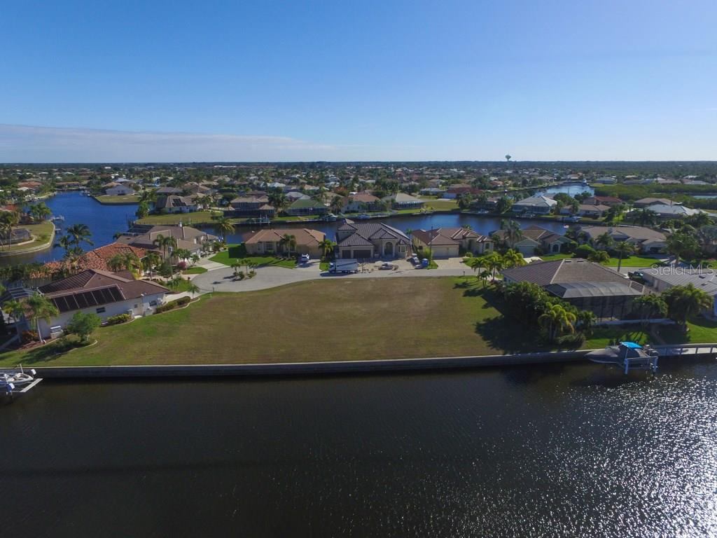 4019 Maltese Ct, Punta Gorda, FL 33950 - photo 7 of 10