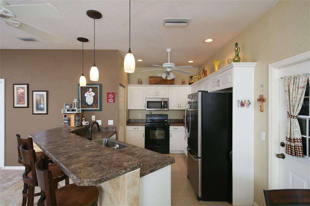 Kitchen has all new appliances within last 2-3 years - Villa for sale at 1268 Green Oak Trl, Port Charlotte, FL 33948 - MLS Number is C7243755