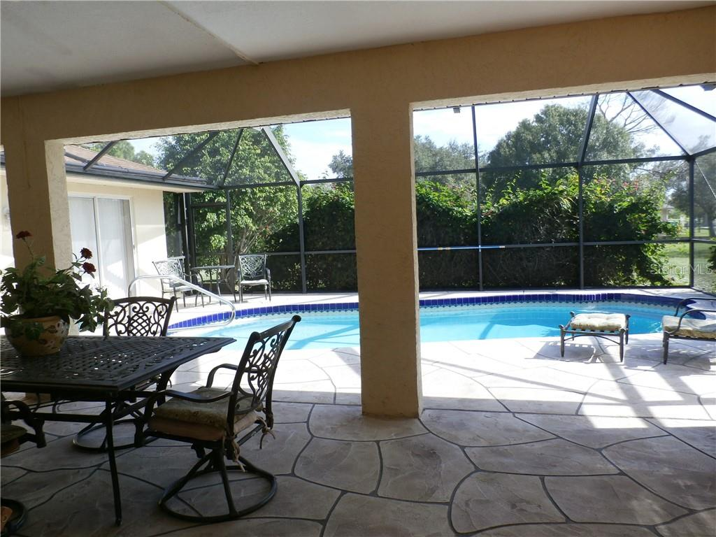 Pool privacy back yard view - Single Family Home for sale at 416 Bahia Grande Ave, Punta Gorda, FL 33983 - MLS Number is C7408301