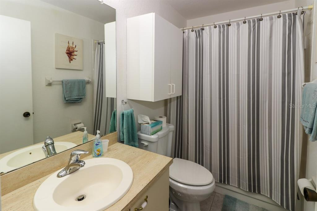 Tub/shower combo in the master bath. - Condo for sale at 25100 Sandhill Blvd #M201, Punta Gorda, FL 33983 - MLS Number is C7433797
