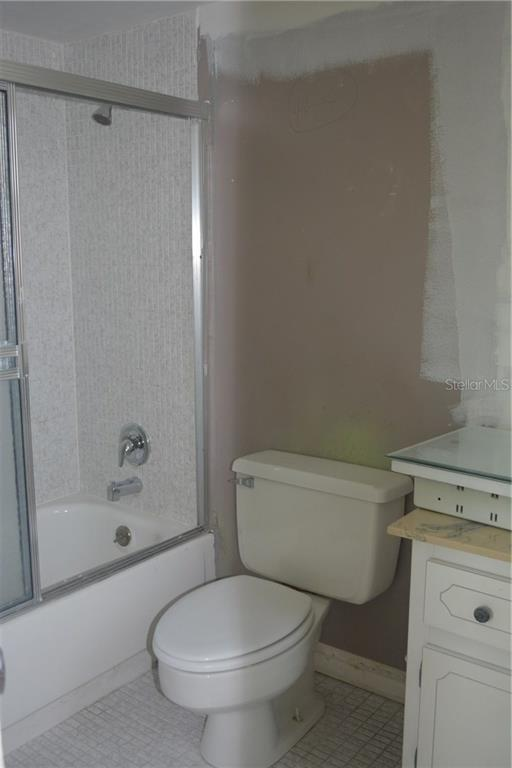 Master bathroom - Condo for sale at 101 S Gulfstream Ave #11a, Sarasota, FL 34236 - MLS Number is A4168207