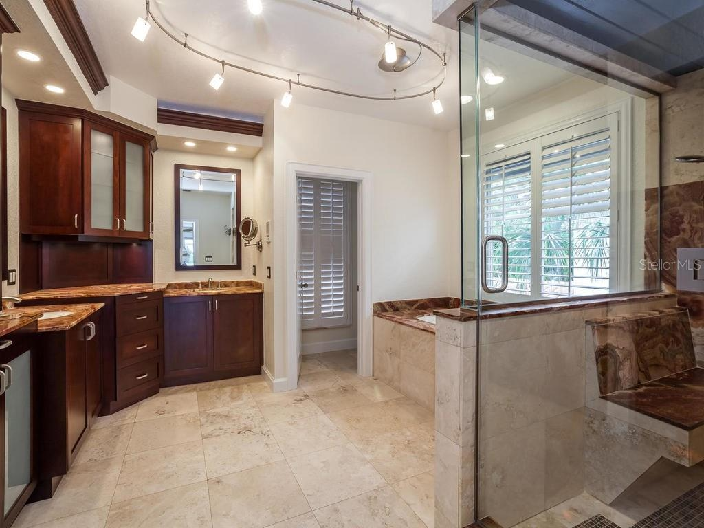 Master bathroom - Single Family Home for sale at 4789 Higel Ave, Sarasota, FL 34242 - MLS Number is A4169949