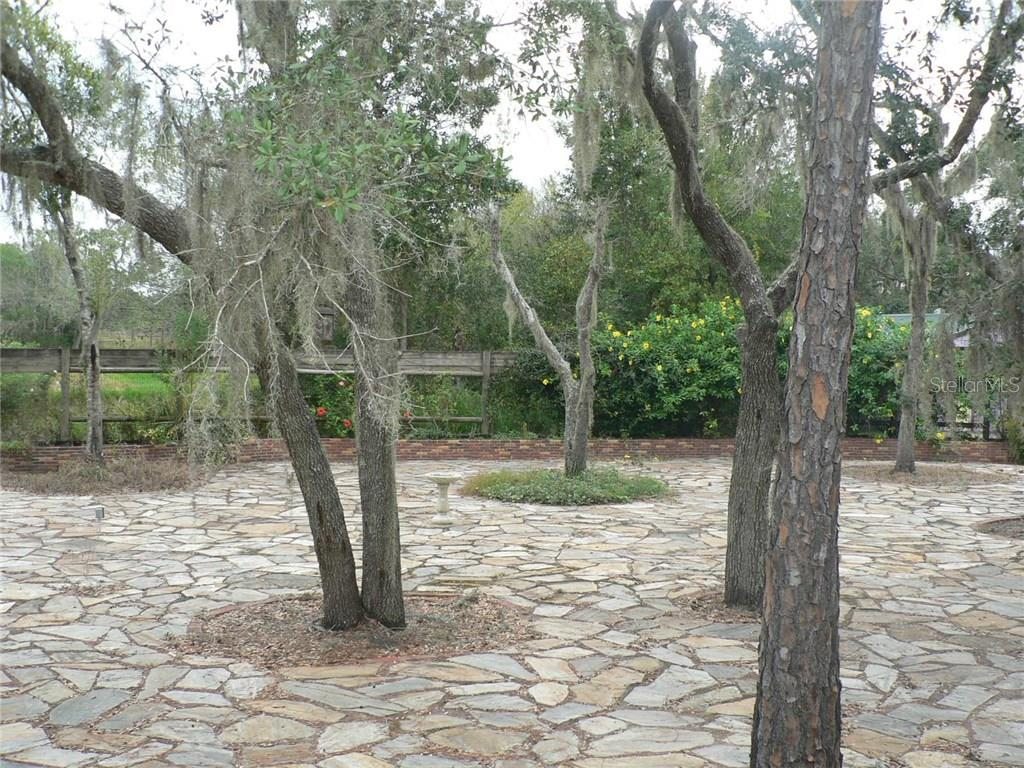 Low Maintenance Yard - Single Family Home for sale at 16314 Golf Course Rd, Parrish, FL 34219 - MLS Number is A4171555
