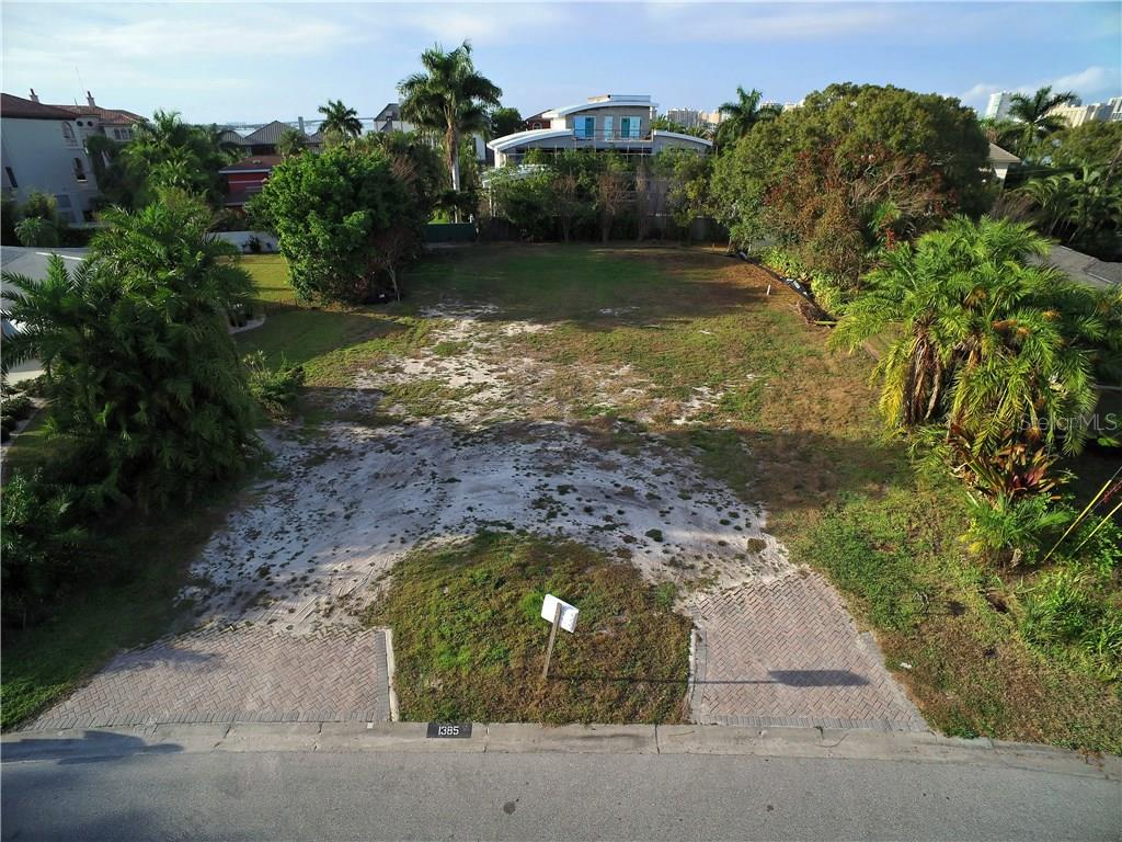 Vacant Land for sale at 1385 Harbor Dr, Sarasota, FL 34239 - MLS Number is A4173569