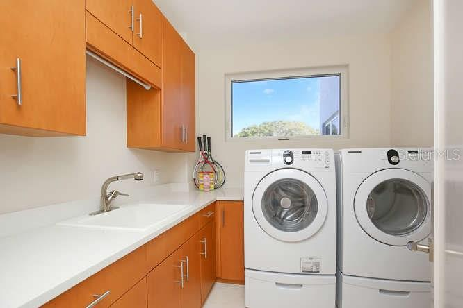 Utility room - Condo for sale at 501 Beach Rd #b, Sarasota, FL 34242 - MLS Number is A4175979