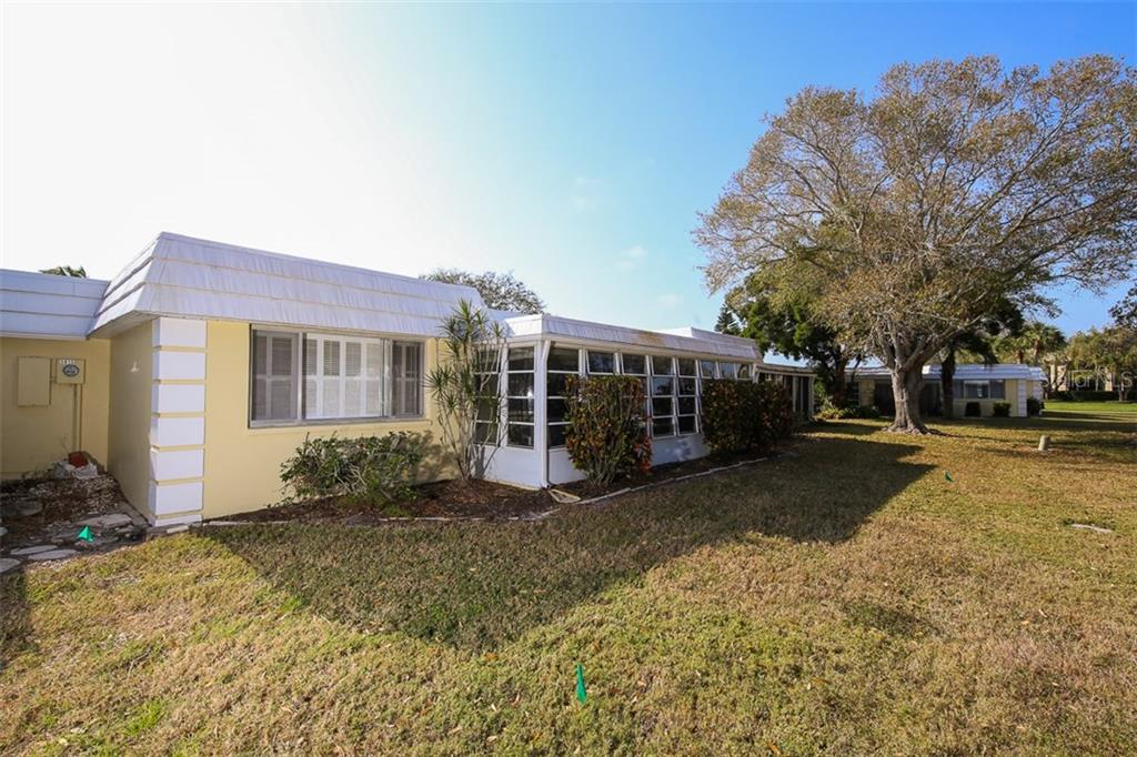 5811 Tidewood Ave #22, Sarasota, FL 34231 - photo 17 of 22