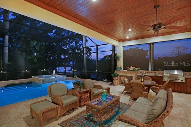 1535 Bay Point Dr, Sarasota, FL 34236 - photo 17 of 24