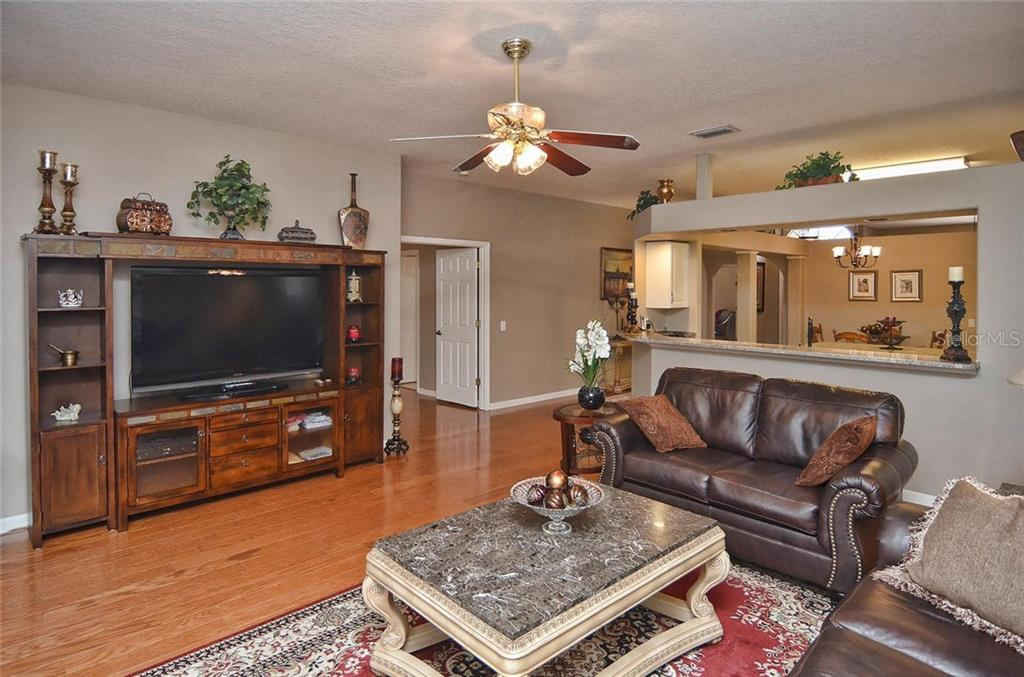 Single Family Home for sale at 7412 38th Ct E, Sarasota, FL 34243 - MLS Number is A4184074