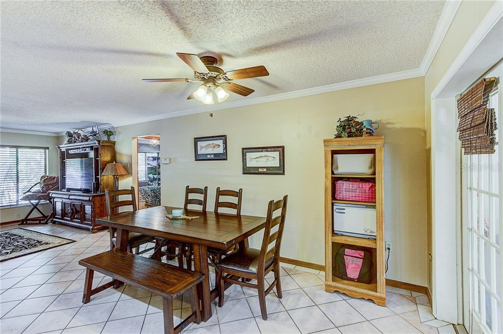 Single Family Home for sale at 4368 Nelson Ave, Sarasota, FL 34231 - MLS Number is A4186334