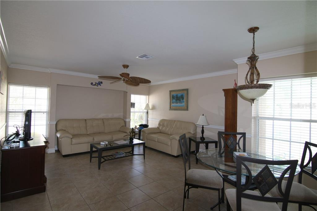 Great Room - Single Family Home for sale at 5112 Calle Minorga #5112, Sarasota, FL 34242 - MLS Number is A4186641