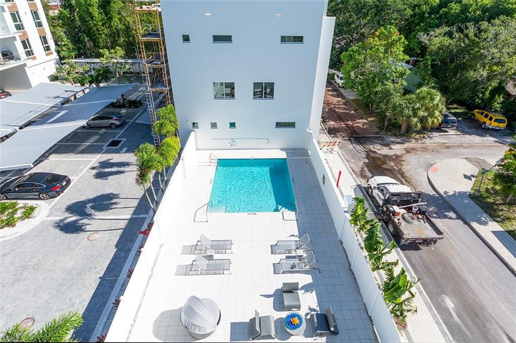 Townhouse for sale at 650 S Rawls Ave, Sarasota, FL 34236 - MLS Number is A4187758