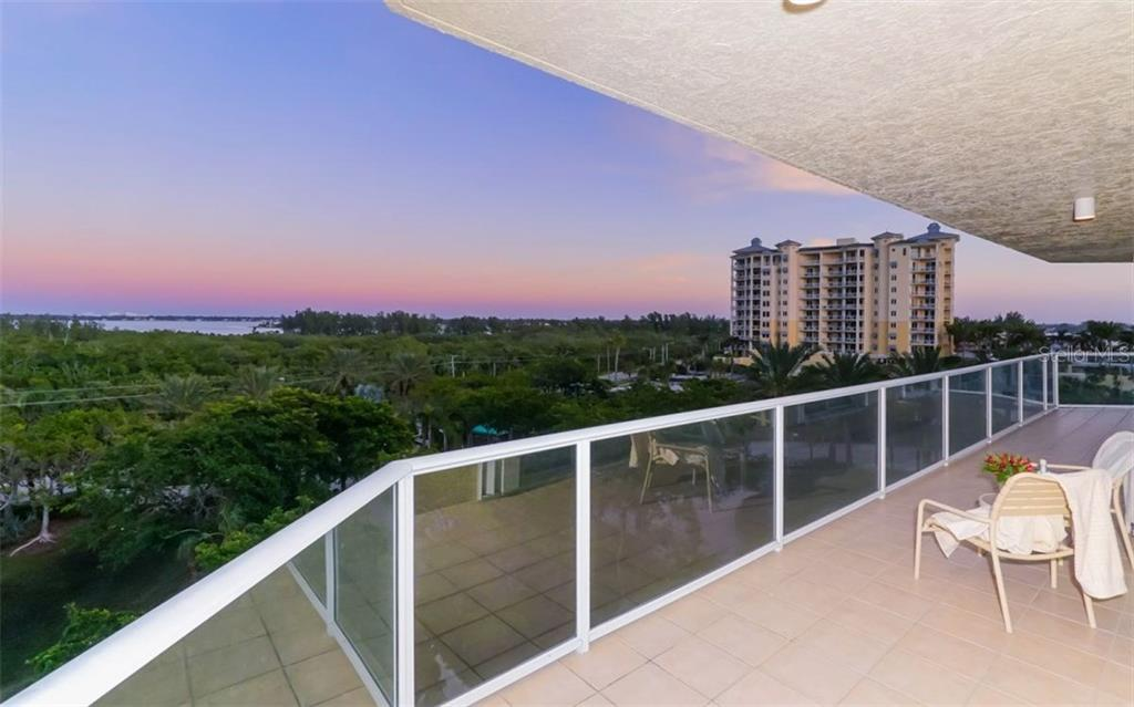 Views of the Bay from the foyer - Condo for sale at 1800 Benjamin Franklin Dr #b507, Sarasota, FL 34236 - MLS Number is A4188540