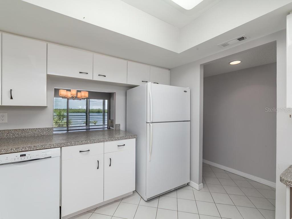 Living Room - Condo for sale at 4440 Exeter Dr #303, Longboat Key, FL 34228 - MLS Number is A4188978