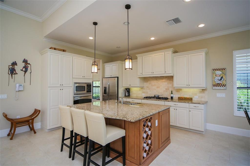Single Family Home for sale at 14725 Castle Park Ter, Lakewood Ranch, FL 34202 - MLS Number is A4189030