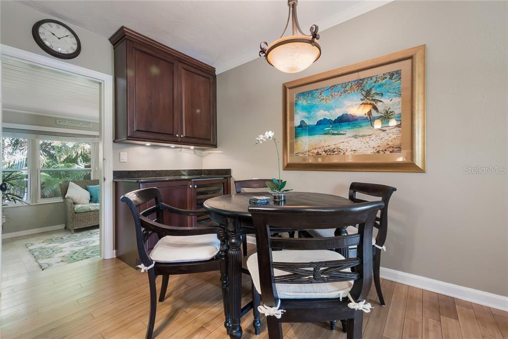 Eat in Kitchen - Single Family Home for sale at 2516 S Osprey Ave, Sarasota, FL 34239 - MLS Number is A4190729