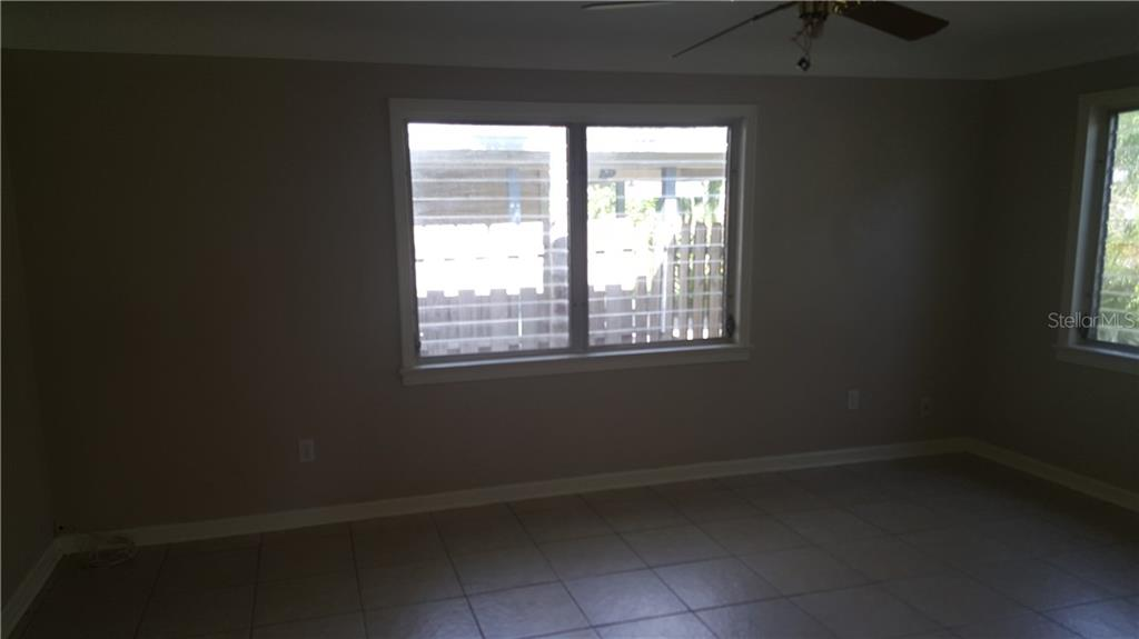Single Family Home for sale at 1249 40th St, Sarasota, FL 34234 - MLS Number is A4191140