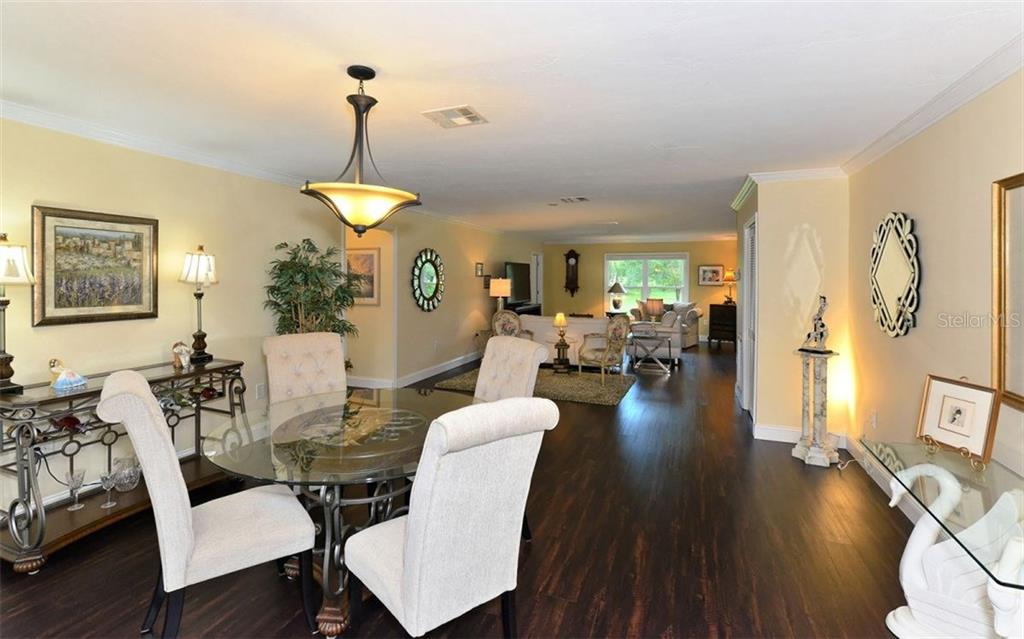 Wonderful use of large Great room - Villa for sale at 4248 Oakhurst Cir E #3066, Sarasota, FL 34233 - MLS Number is A4192258