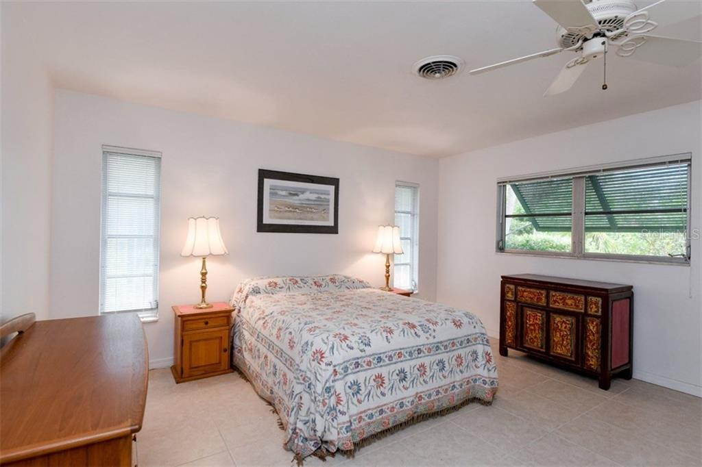 Bedroom 2 of 3 - Single Family Home for sale at 5515 Contento Dr, Sarasota, FL 34242 - MLS Number is A4194719