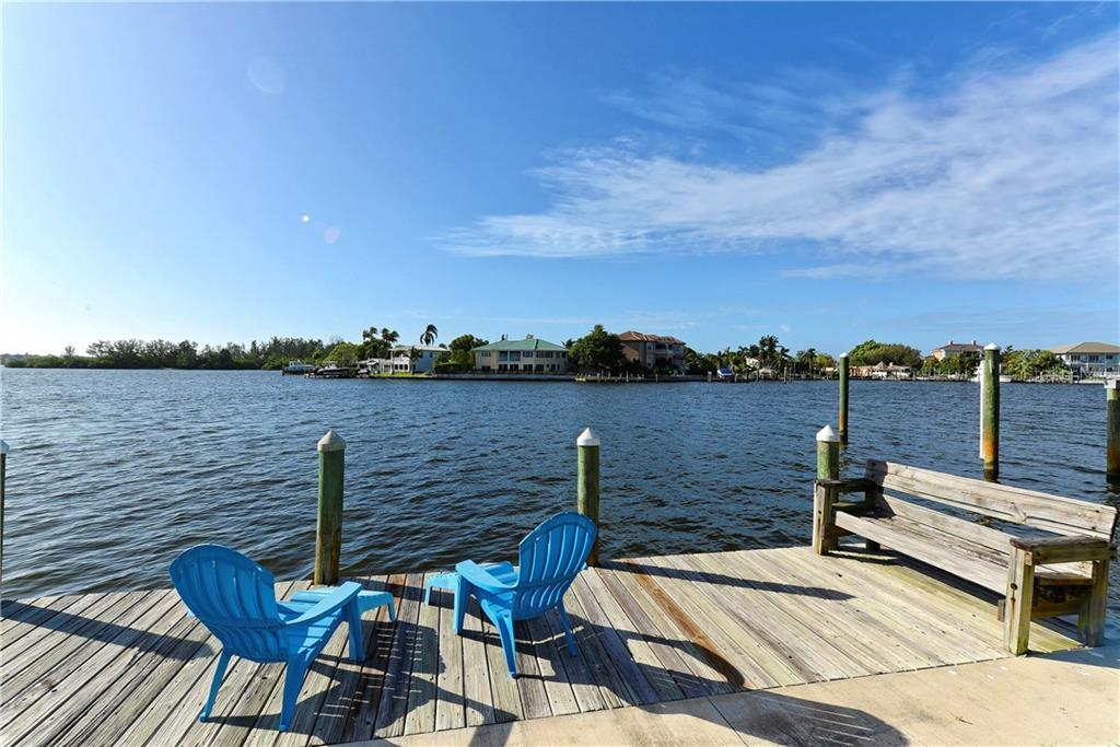 Single Family Home for sale at 878 Siesta Dr, Sarasota, FL 34242 - MLS Number is A4197137