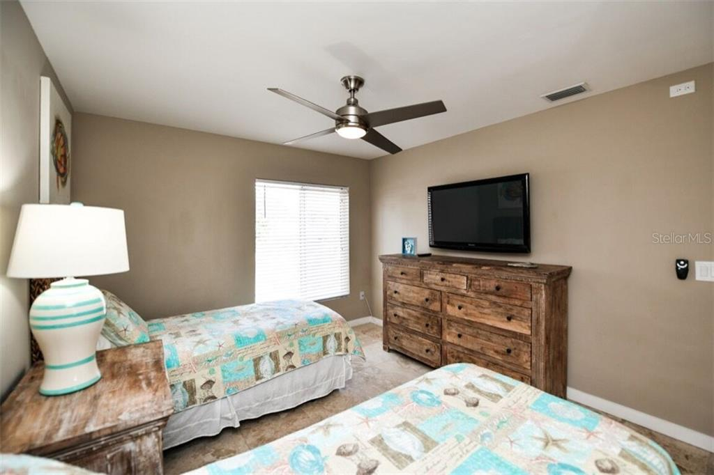 Bedroom #3 - Single Family Home for sale at 105 Seagull Ln, Sarasota, FL 34236 - MLS Number is A4197600