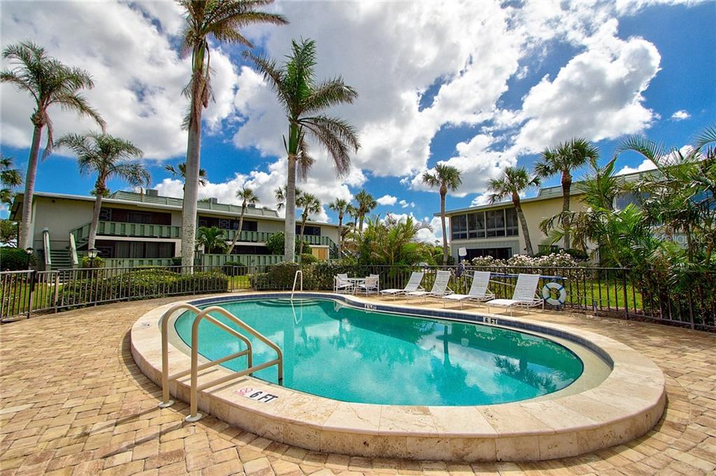 Community Pool - Condo for sale at 600 Manatee Ave #236, Holmes Beach, FL 34217 - MLS Number is A4197636