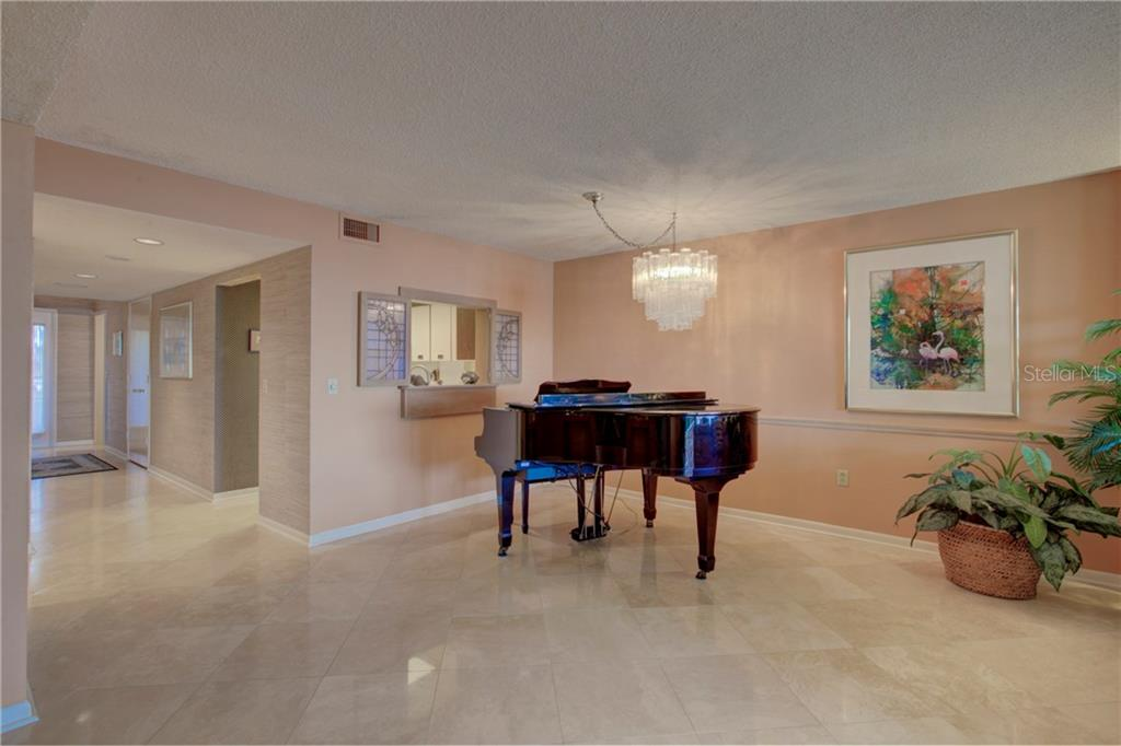 Condo for sale at 5880 Midnight Pass Rd #610, Sarasota, FL 34242 - MLS Number is A4204670