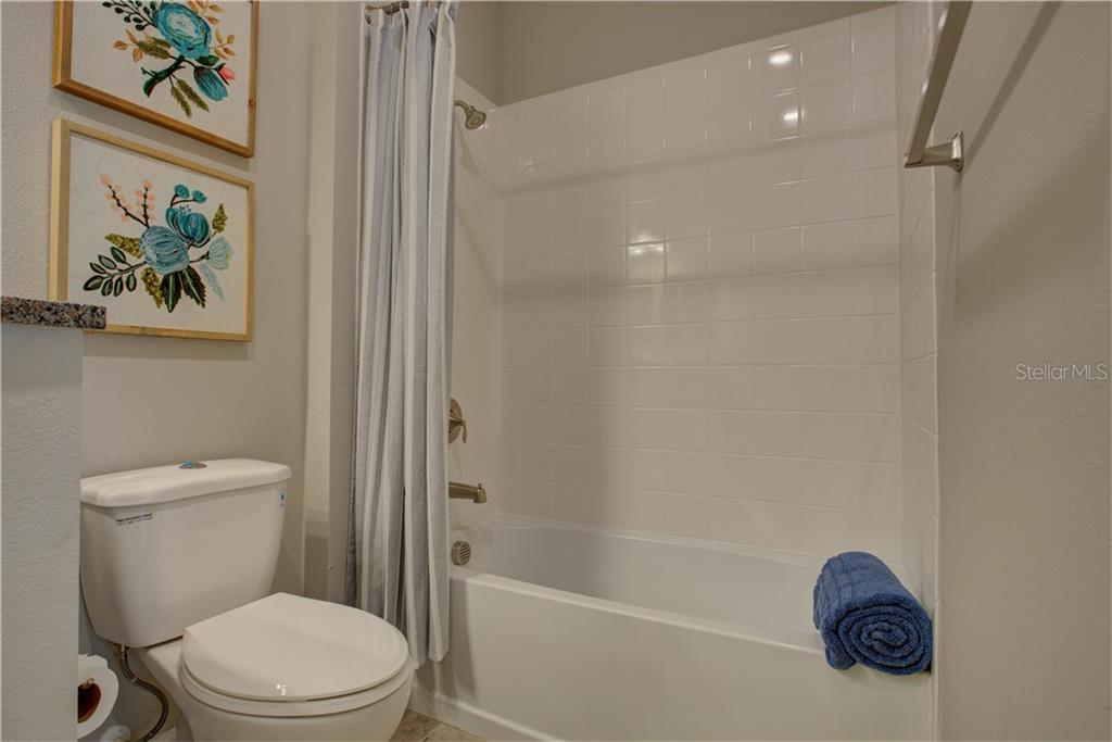 Guest bath - Villa for sale at 1303 Calle Grand St, Bradenton, FL 34209 - MLS Number is A4205346