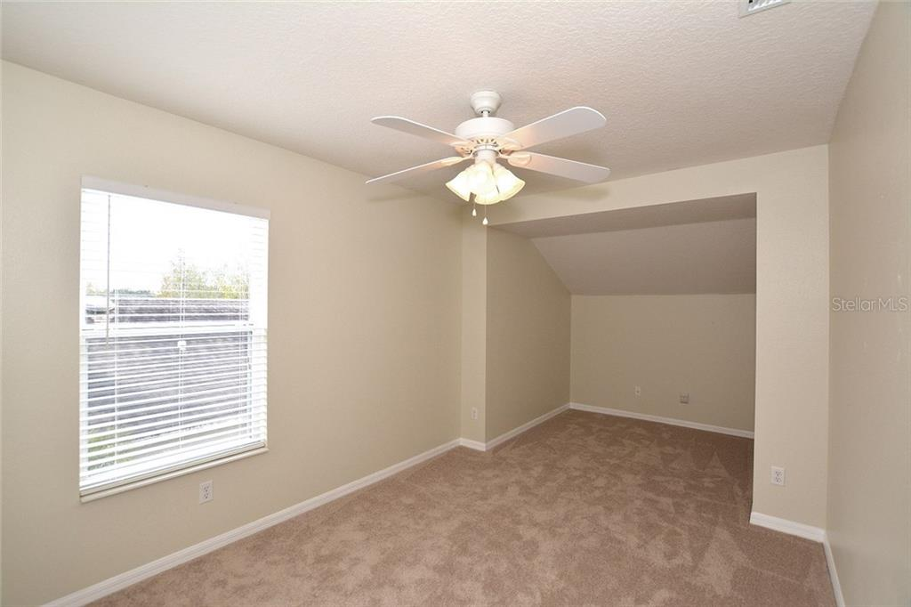 The second level offers 3 additional bedrooms - all freshly painted and newer carpet. - Single Family Home for sale at 6320 Robin Cv, Lakewood Ranch, FL 34202 - MLS Number is A4205857
