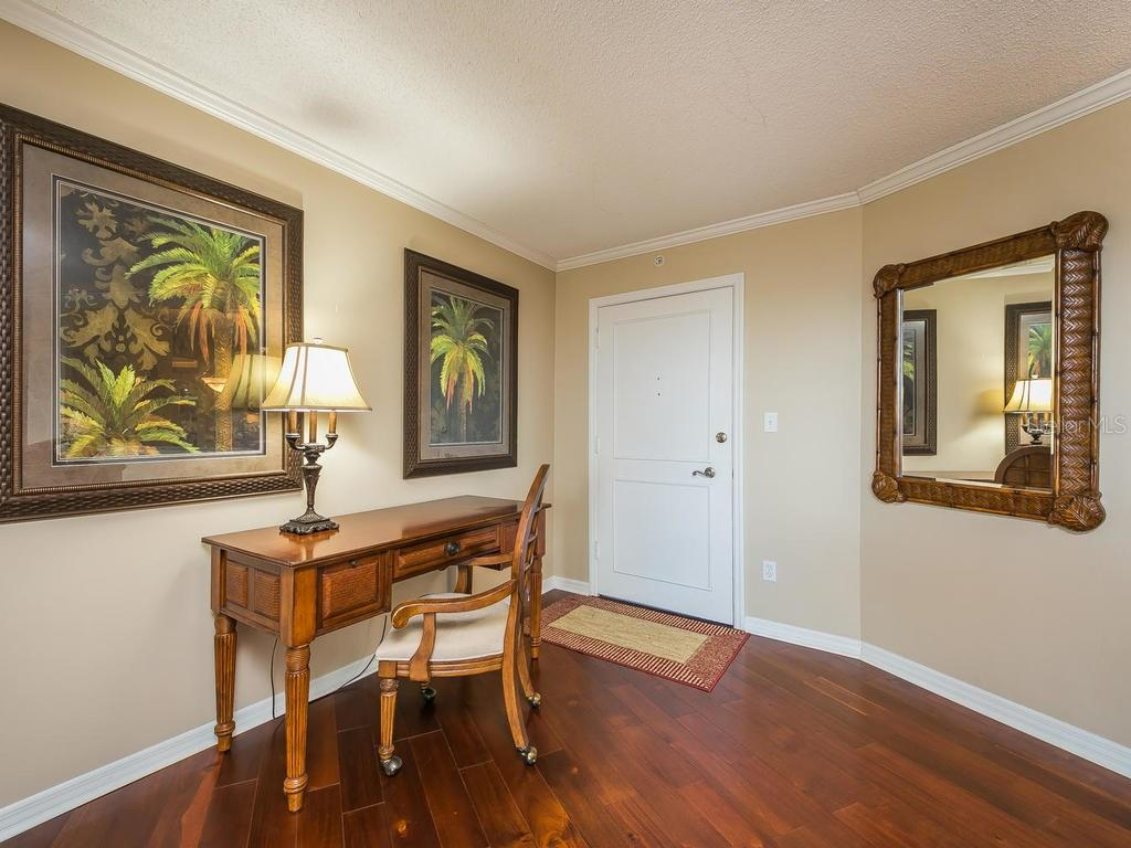 Great room with sliders to balcony - Condo for sale at 2301 Gulf Of Mexico Dr #55n, Longboat Key, FL 34228 - MLS Number is A4206569