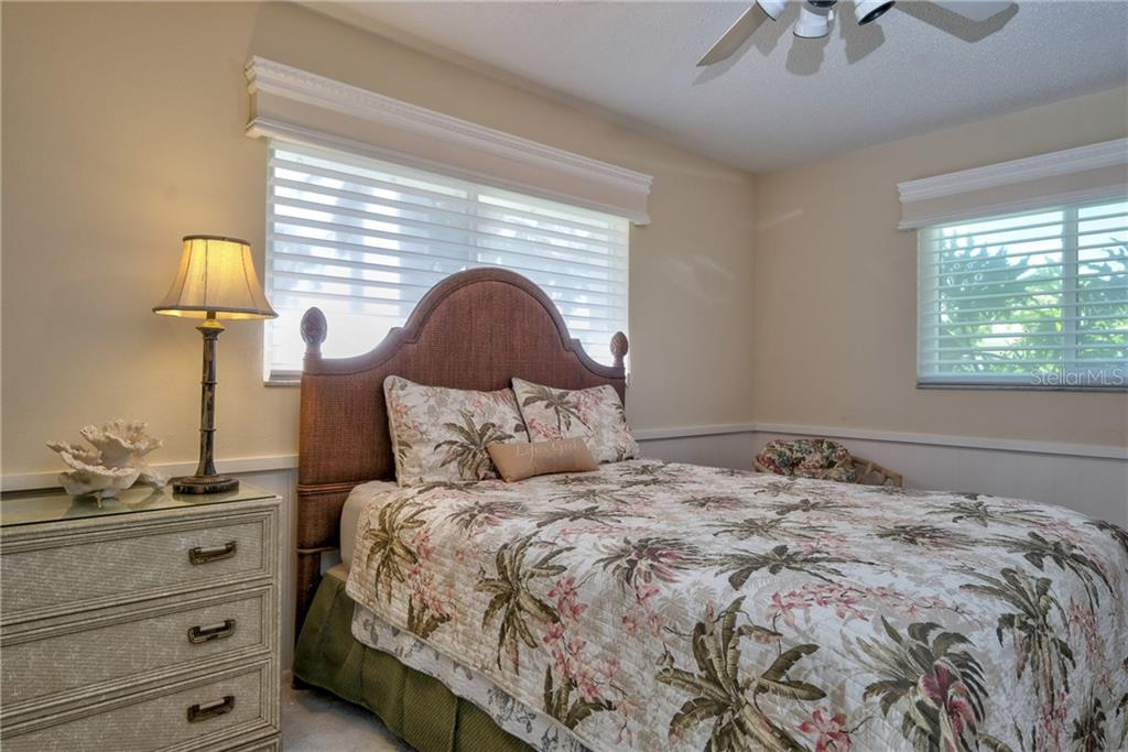 Third bedroom with lots of light. - Single Family Home for sale at 5633 Cape Leyte Dr, Sarasota, FL 34242 - MLS Number is A4207008