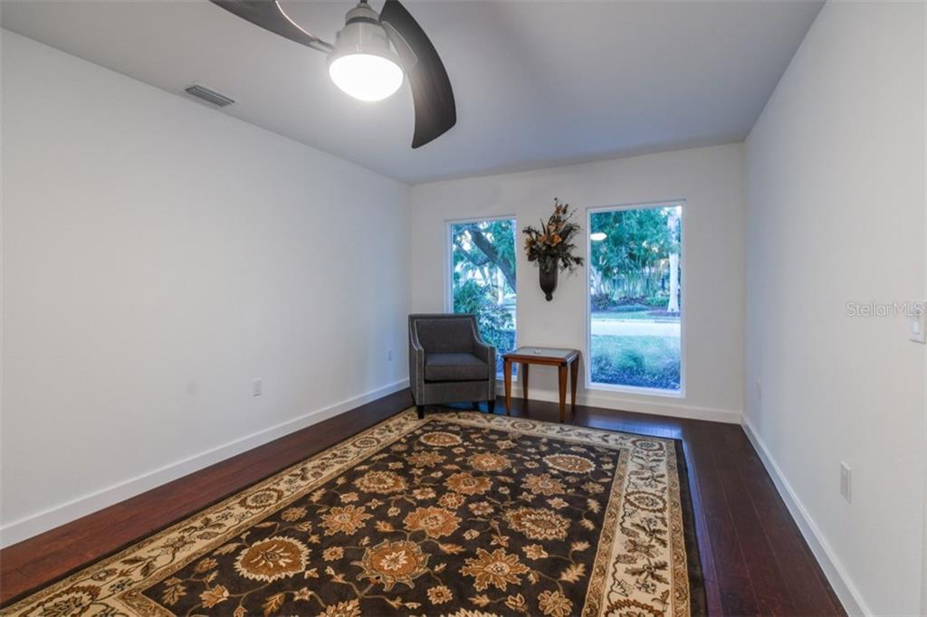 Den/Office - Single Family Home for sale at 460 Pheasant Dr, Sarasota, FL 34236 - MLS Number is A4208025