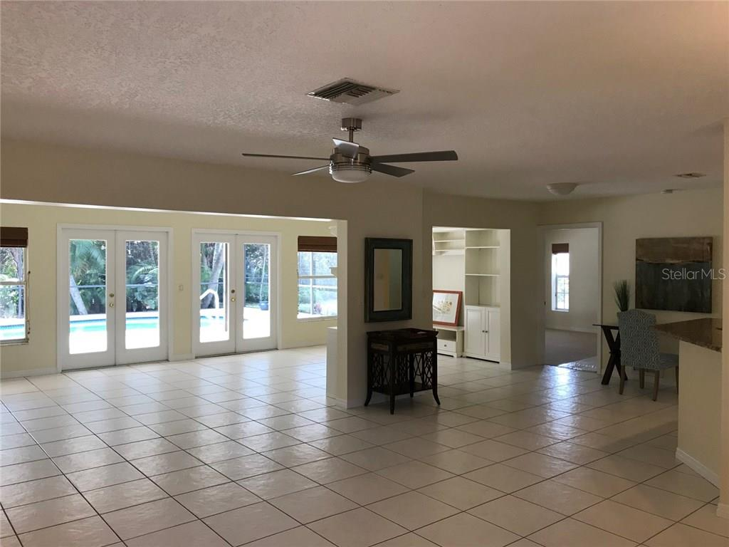 Great room - Single Family Home for sale at 5530 Cape Leyte Dr, Sarasota, FL 34242 - MLS Number is A4209986