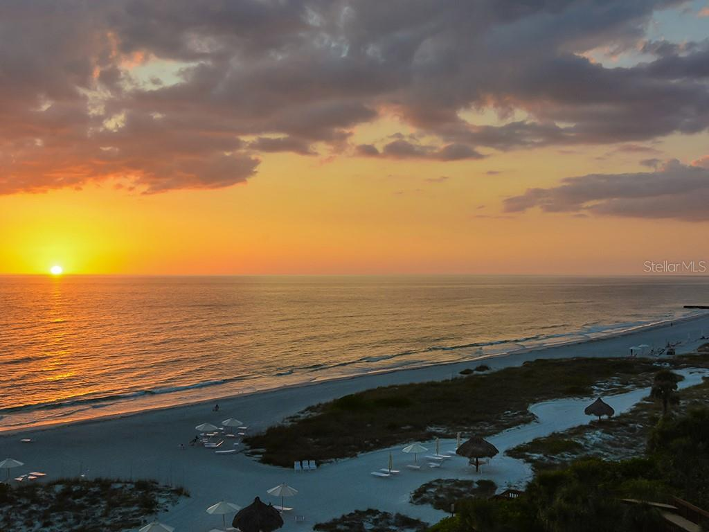 Glowing Sunsets - Condo for sale at 1241 Gulf Of Mexico Dr #502, Longboat Key, FL 34228 - MLS Number is A4211248