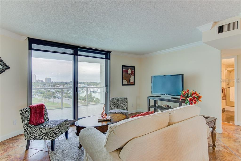 7th Floor Balcony Looking at Marina Jack - Condo for sale at 1111 N Gulfstream Ave #7b, Sarasota, FL 34236 - MLS Number is A4212040