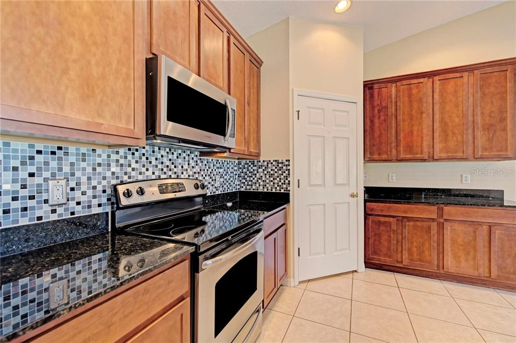 Condo for sale at 5360 Mang Pl #1405, Sarasota, FL 34238 - MLS Number is A4212314