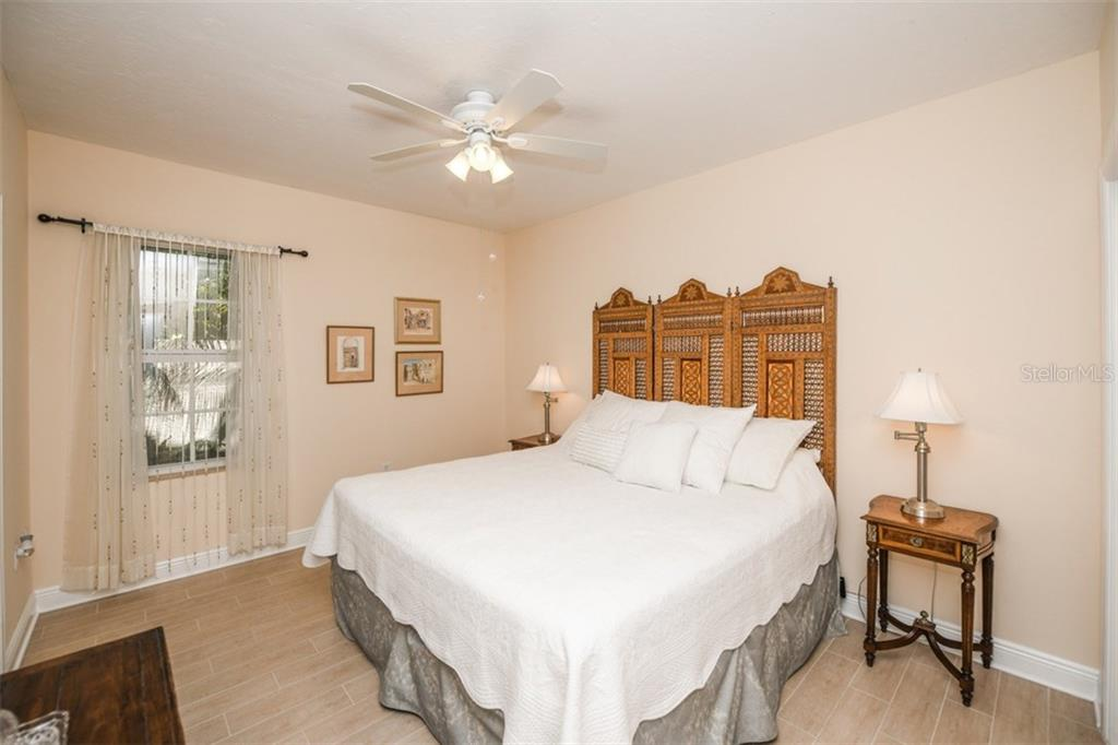 Single Family Home for sale at 1954 Datura St, Sarasota, FL 34239 - MLS Number is A4212570