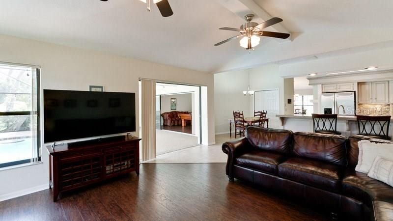 Single Family Home for sale at 5141 Wedge Ct E, Bradenton, FL 34203 - MLS Number is A4213200