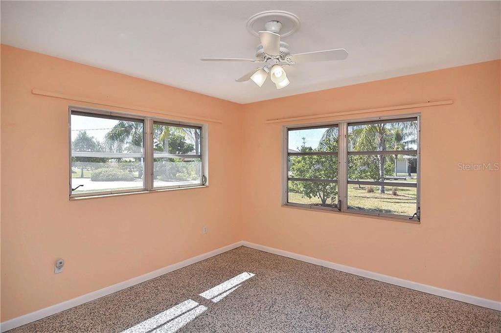Bedroom 3 - Single Family Home for sale at 1953 Fairview Dr, Englewood, FL 34223 - MLS Number is A4213338