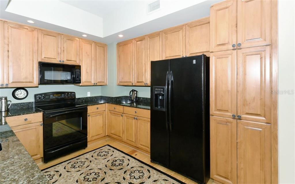 Condo for sale at 100 Central Ave #d509, Sarasota, FL 34236 - MLS Number is A4215980