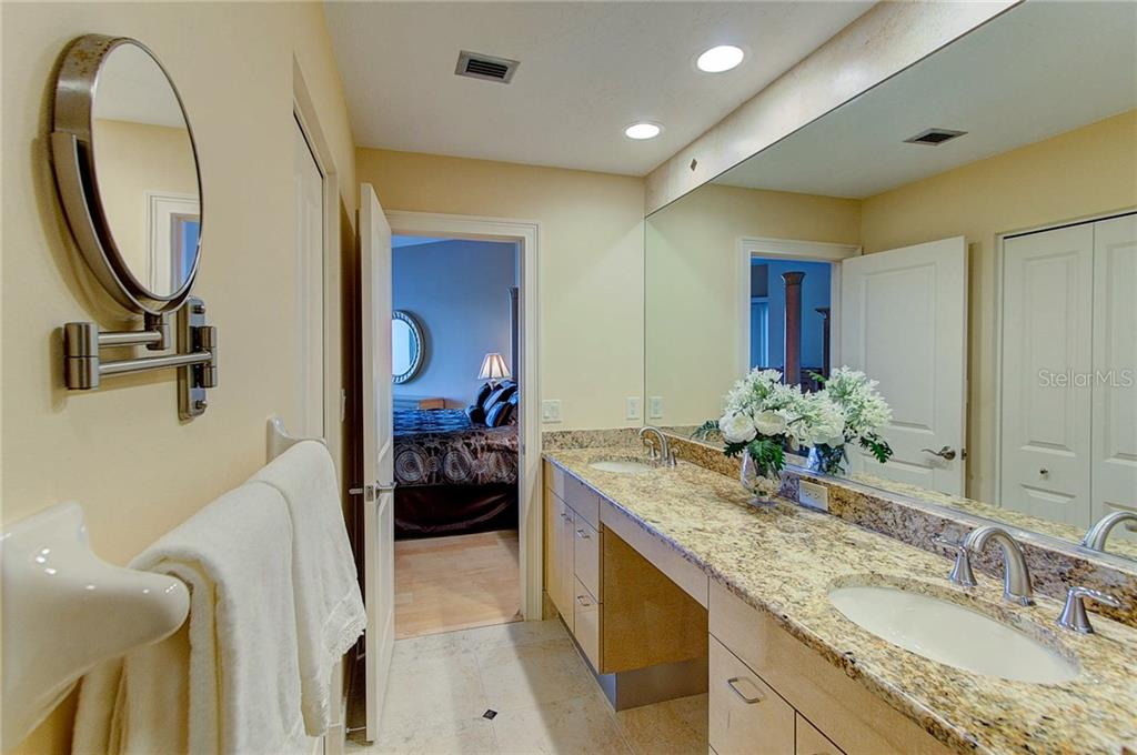 Condo for sale at 988 Blvd Of The Arts #1912, Sarasota, FL 34236 - MLS Number is A4400288