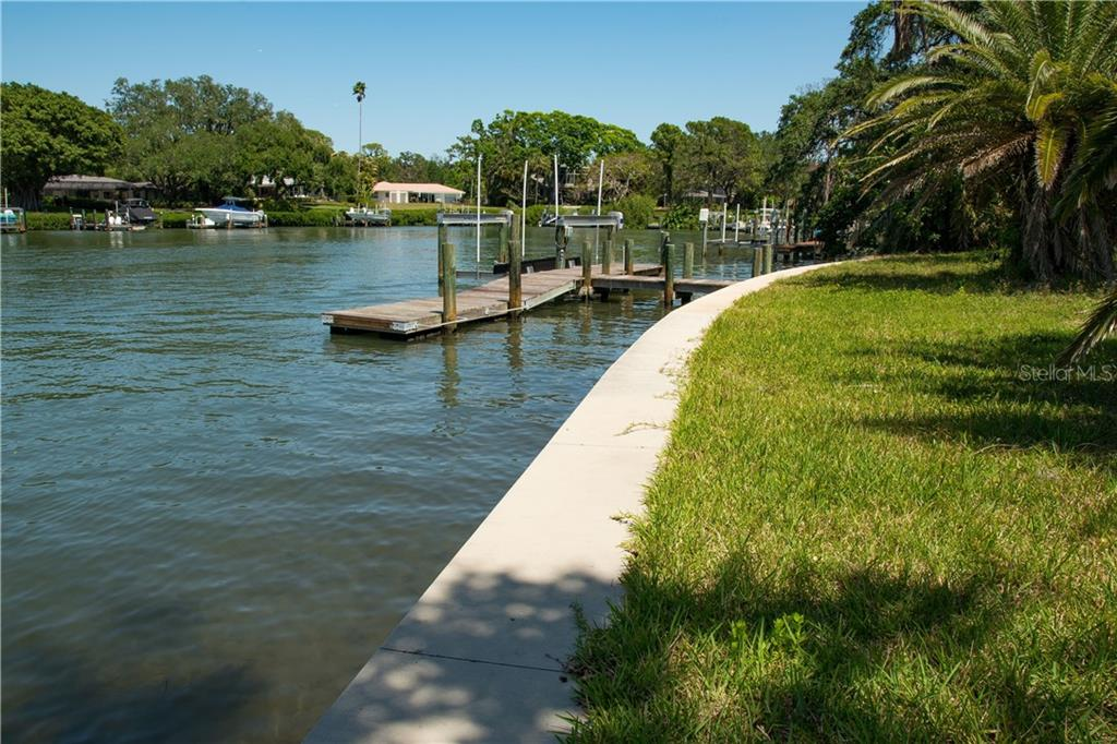 Vacant Land for sale at 1329 S Lake Shore Dr, Sarasota, FL 34231 - MLS Number is A4400713