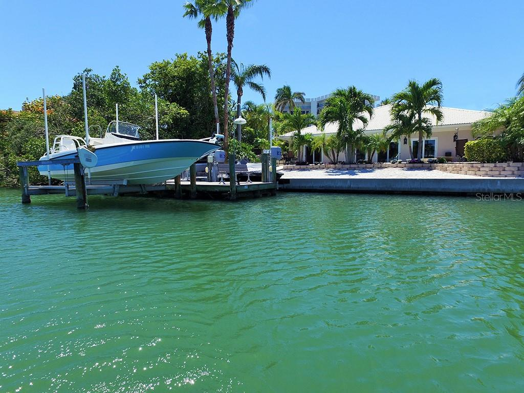 Boat Lift - Single Family Home for sale at 85 S Polk Dr, Sarasota, FL 34236 - MLS Number is A4400870